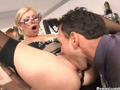 Office slut Donna Bell acquires rammed
