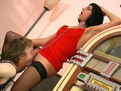 Horny worker turns on from the sight of mom's panties longing for fucking