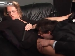 Horny mart domina enjoys having her cunt licked